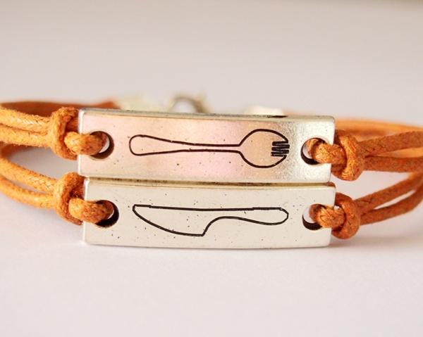 dinnerware-bracelet