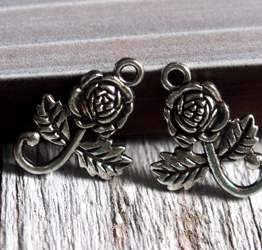 rose-charms-wholesale