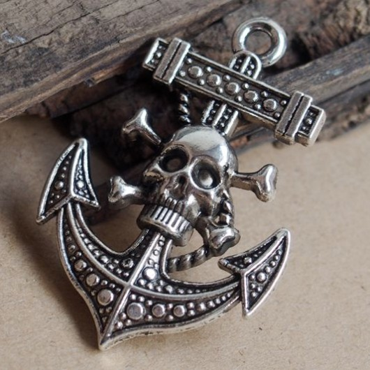 Big Anchor Skull charms